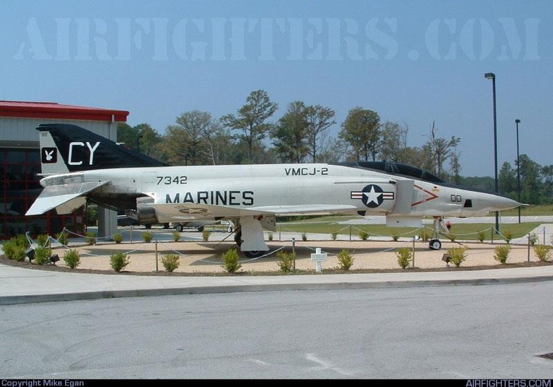 MCARA * Aircraft > McDonnell RF-4B Phantom II - Photos